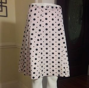 H&M belted ladies skirt.